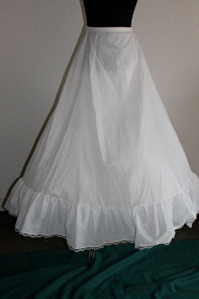 Vintage White full long slip with tulle and scallop trim - Size S