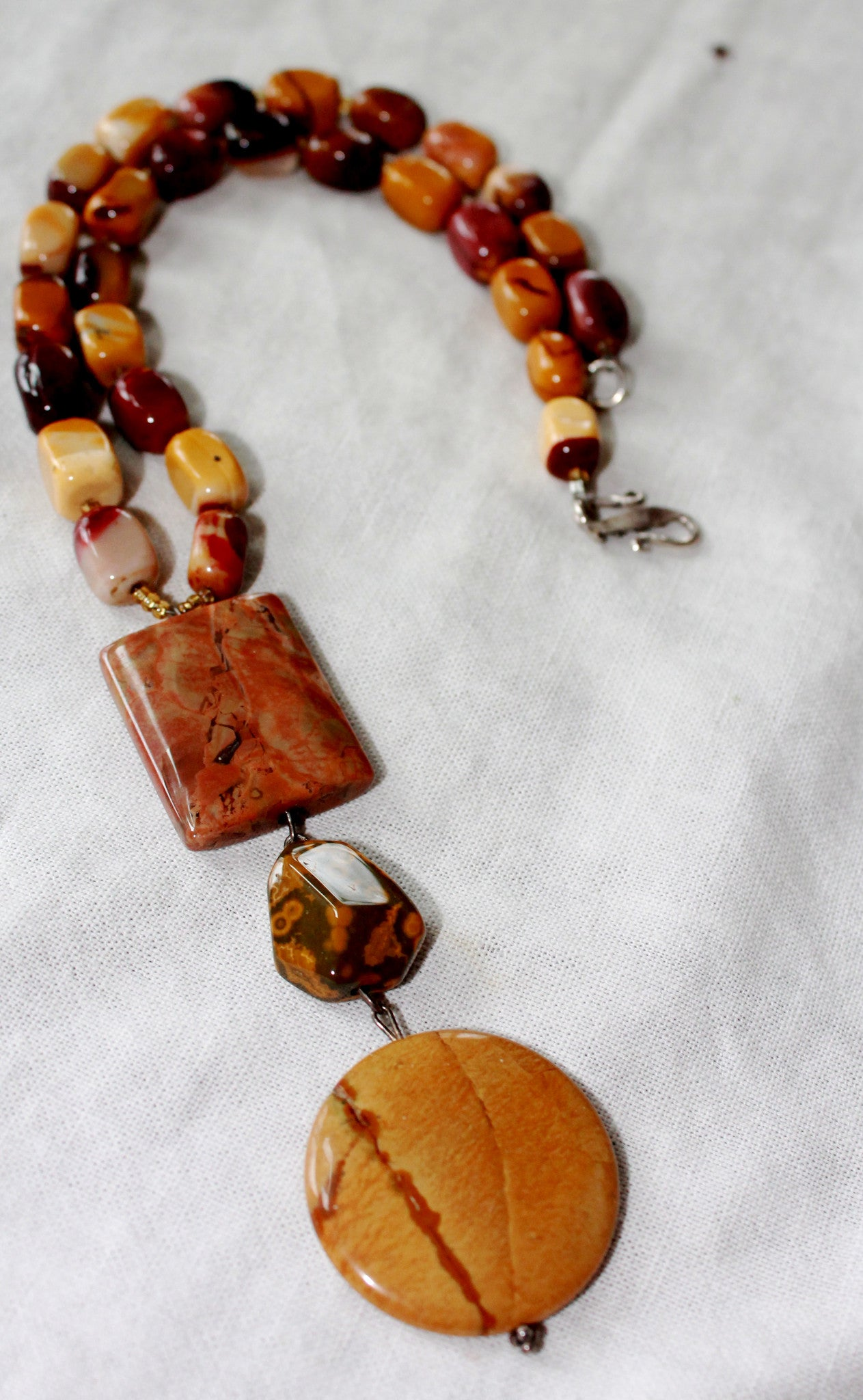 Three Stone Pendent Mookite & Jasper Bead Necklace