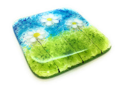 Little white daisies fused glass drinks coaster