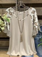 Light Khaki Short Sleeve Leopard-Print T-Shirts