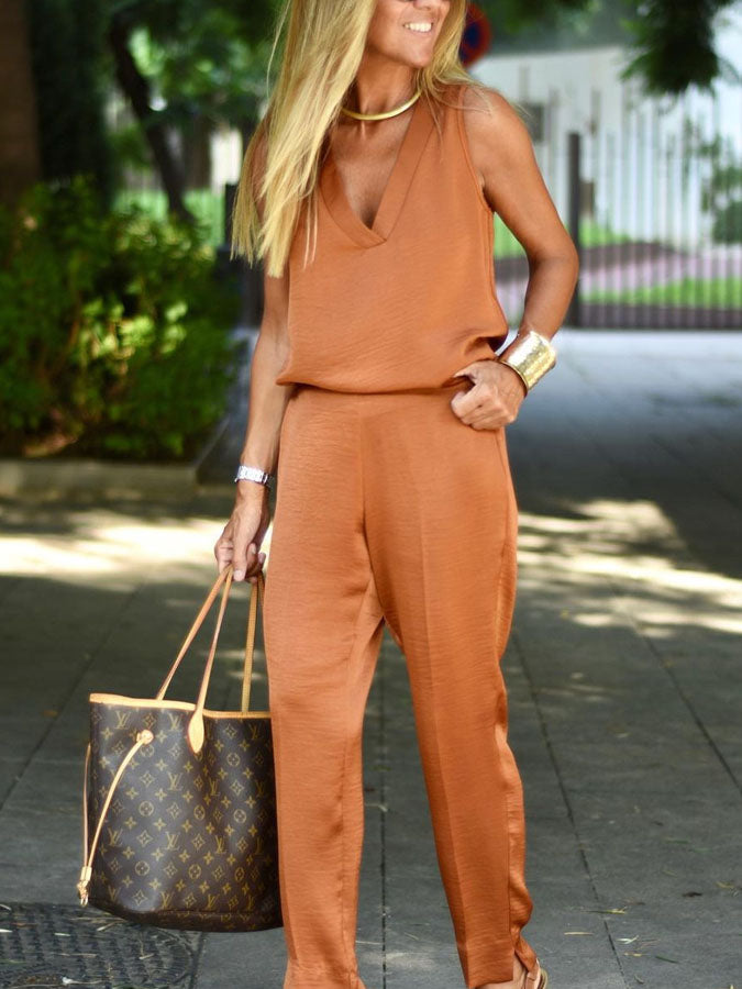Casual solid color sleeveless V-neck two-piece suit