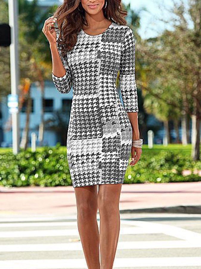 3/4 Sleeve Round Neck Printed Sheath Dresses