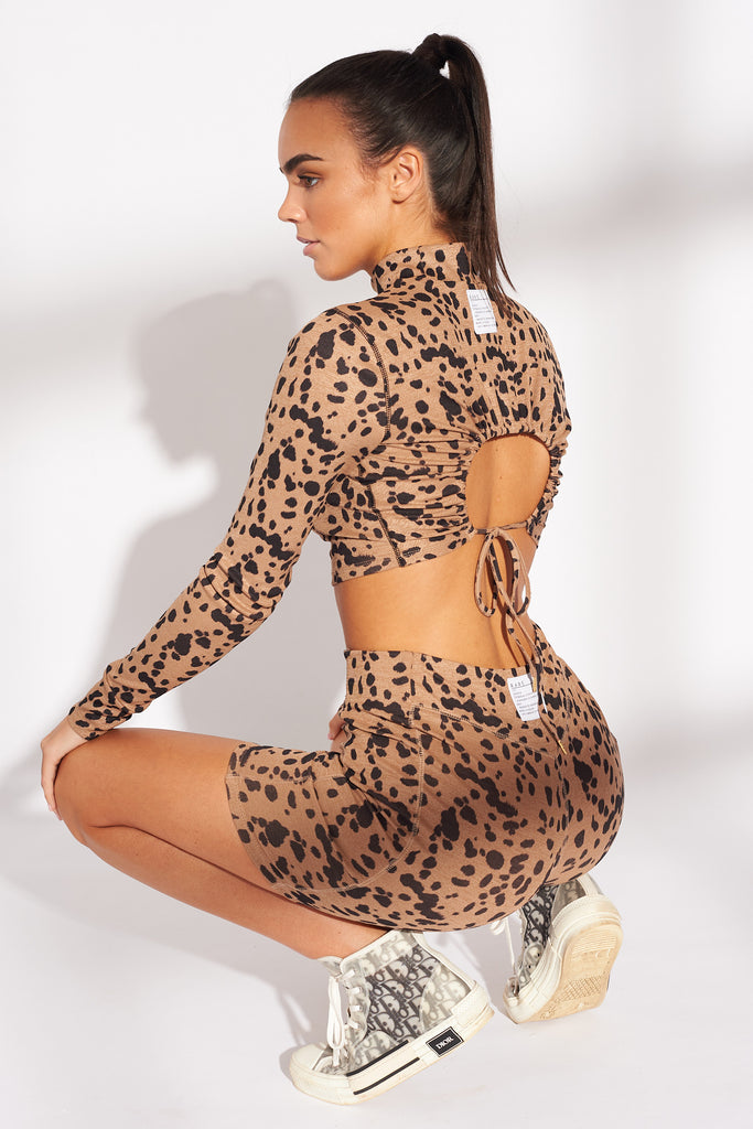 ANIMAL-PRINT-TIGER-PRINT-DRAWSTRING-DETAIL-OPEN-BACK-CROP-TOP