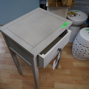 Safavieh Able End Table With Storage Drawer
