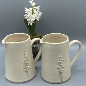Hogben Cream Fox Gloves Jug