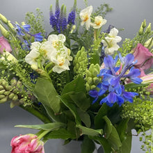 Load image into Gallery viewer, Bouquet Mothersday Spring Flowers