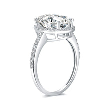 Load image into Gallery viewer, Round Colorless Moissanite Solitaire with Side Accents Engagement Ring in 18K Rose Gold 12*8MM*1-4.5ct