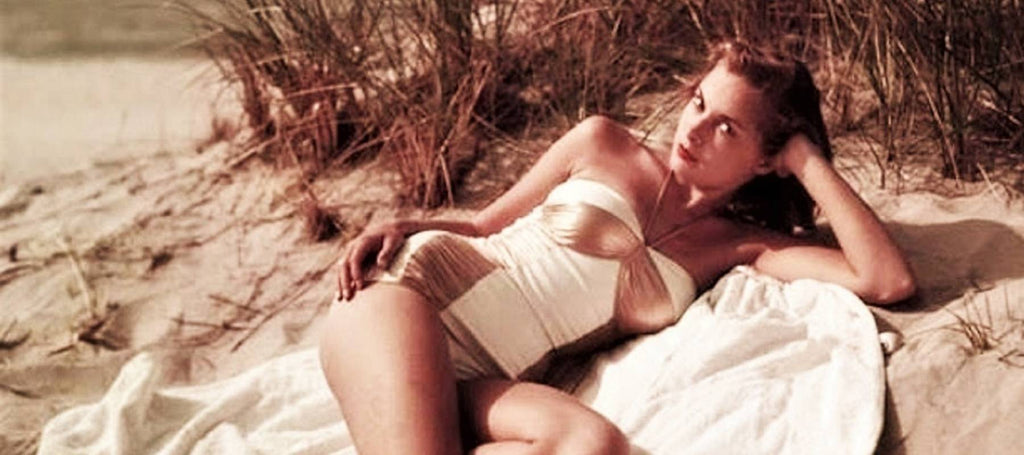 JANET LEIGH Pin Up