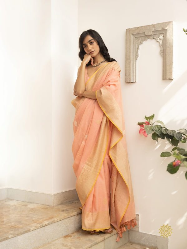 Handcrafted Bootidar Cotton Mulmul Saree In Peach With Dull Gold Zari Pallu and Border