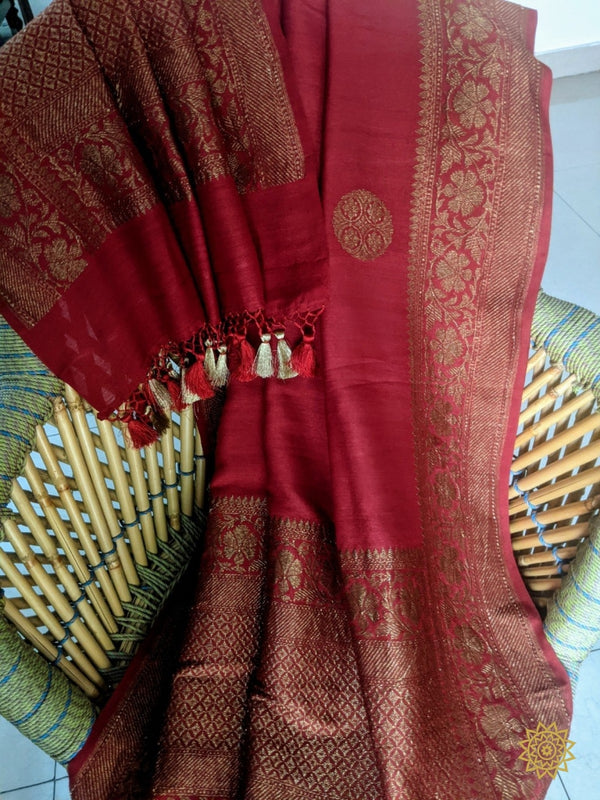 Handcrafted Kadwa Weave Tussar Georgette Dupatta In Red And Antique Zari Inbox