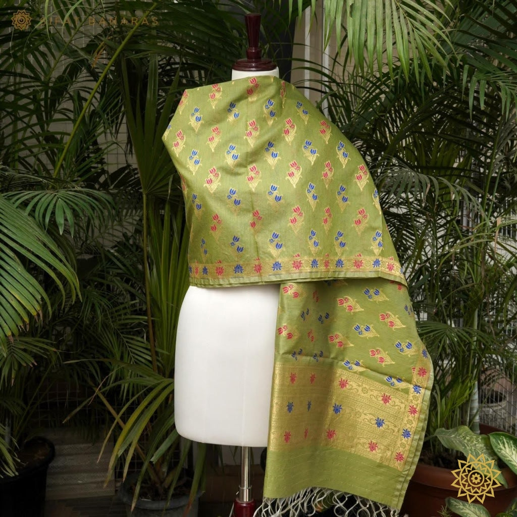 Muga Silk Dupatta In Green With Minedaar Buti