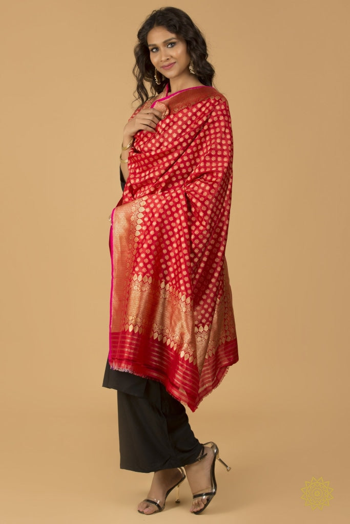 Red Pure Handloom Silk Dupatta With Small Booties