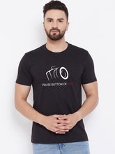 Load image into Gallery viewer, Mens Pause.Button Tshirt