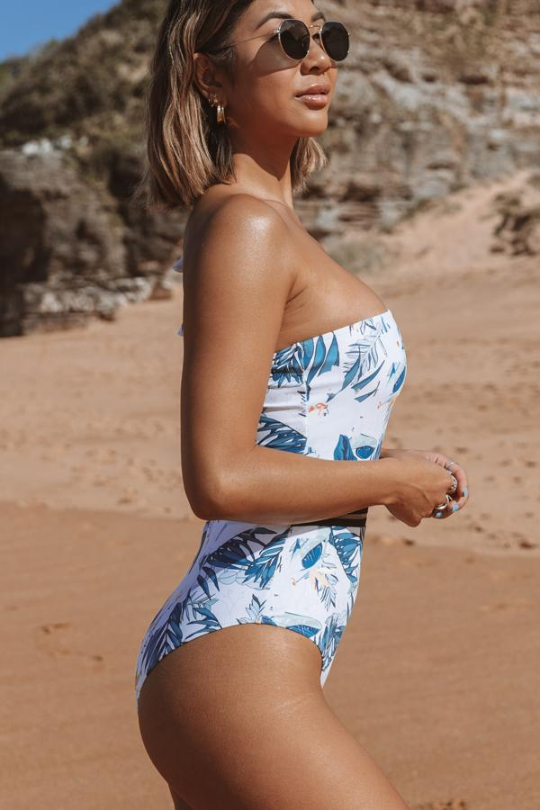 One Shoulder Designed Flower Print One Piece Swimsuit