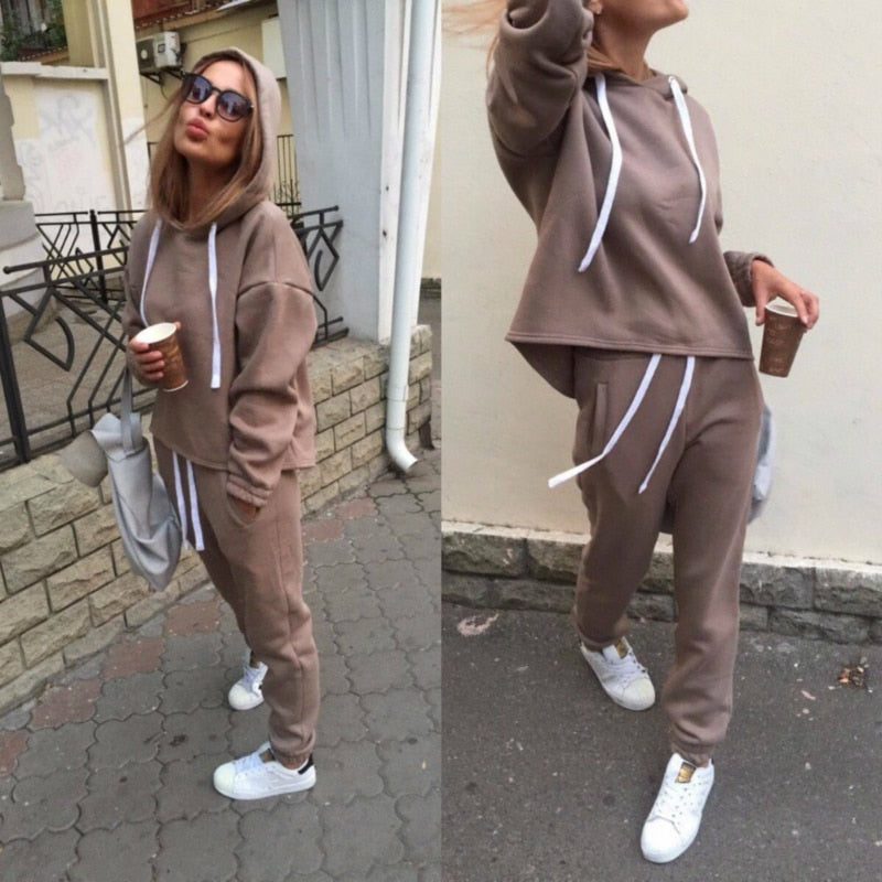 2020 New Fashion Tracksuit Long Sleeve Thicken Hooded Sweatshirts 2 Piece Set Casual Sport Suit Women Tracksuit Set CA6983