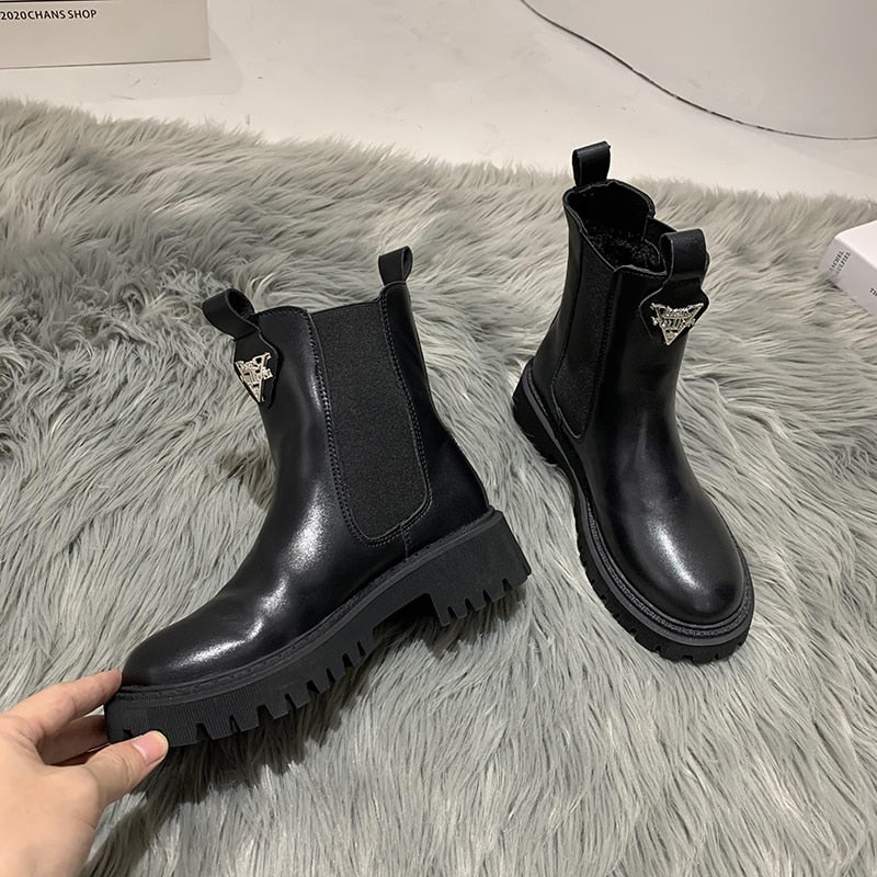 Women Boots 2020 Chelsea Boots Ladies Black Brown Square Heel Leather Slip-On Winter Long Plush Furry Inside Ankle Boot Shoes
