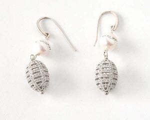 Crystal and Fresh Water Pearl Earring