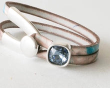 Load image into Gallery viewer, Leather Bracelet with Swarovski Crystal Cube
