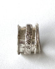Load image into Gallery viewer, Sterling Silver Spinner Ring