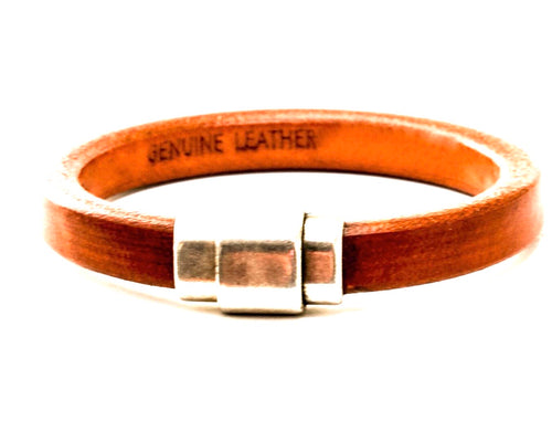 Regaliz Tan Leather with Pewter Magnetic Clasp
