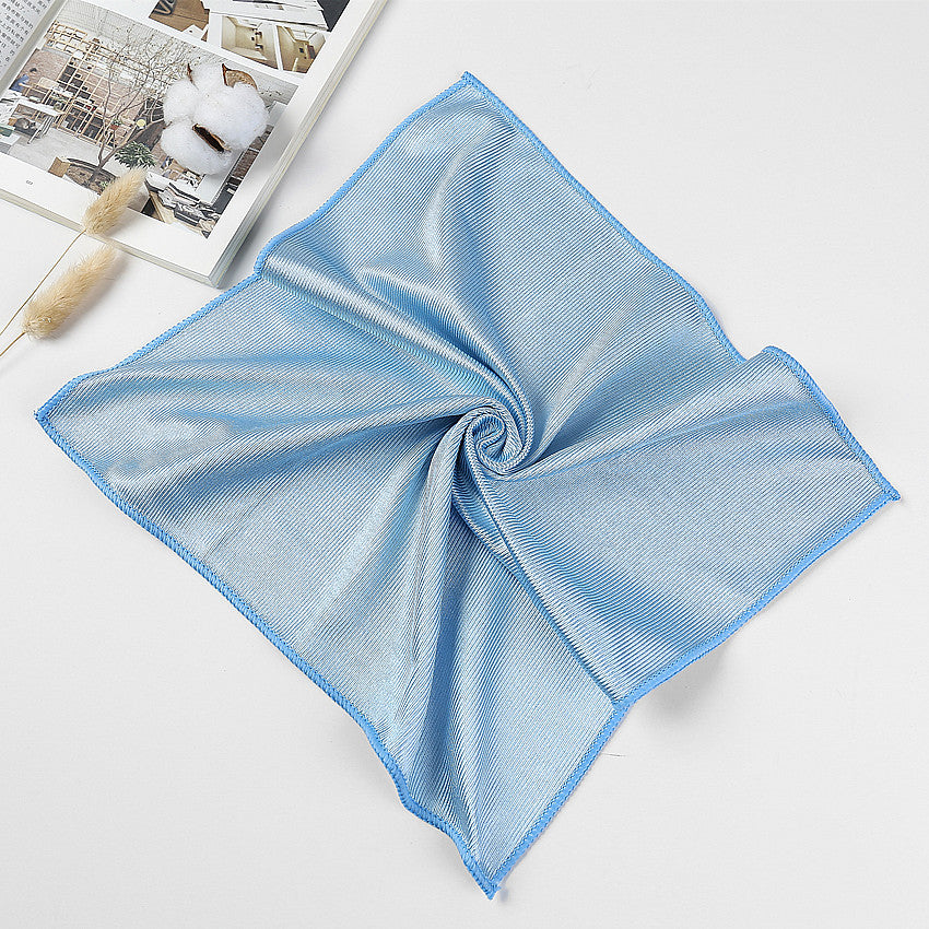The Versatile Microfiber Glass Cleaning Cloth
