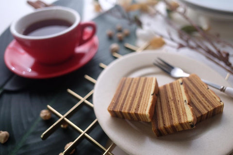 Indonesian layer cake with coffee