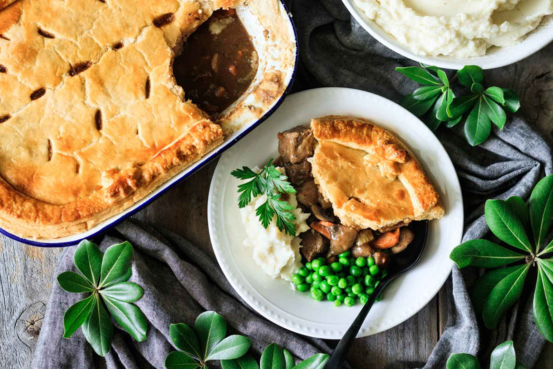 Family Lamb Pie Set (Collection from Central)