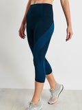 Launch Crop Legging in Teal