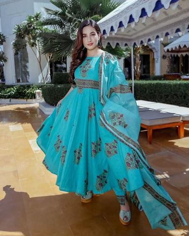 CERULEAN SKY BLUE COLOUR PRINTED DESIGNER KURTI WITH SKY BLUE COLOUR PLAZZO AND PRINTED BLUE DUPATTA
