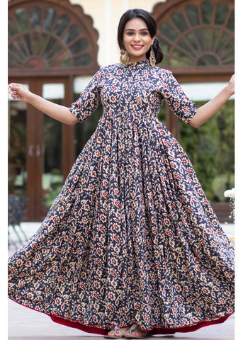 STAINING BEAUTIFUL  MULTI COLOUR FLOWER DESIGN PRINTED GOWN