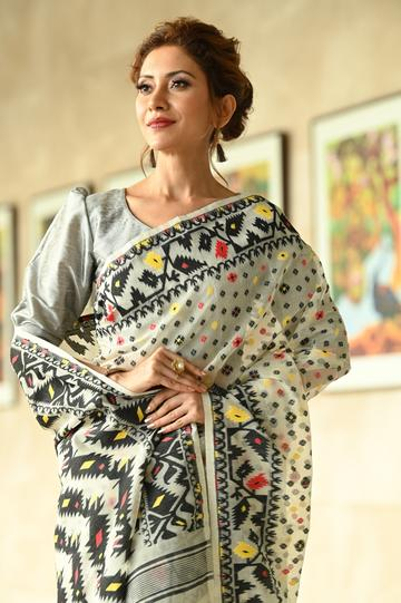 Multicolor Handwoven Dhakai Jamdani Saree With Blouse