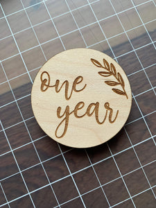 Monthly Milestone Wooden Rounds - Betsy Jane Studios