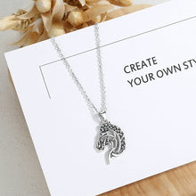 Load image into Gallery viewer, Celtics Knot Spirit Horse Head Necklace