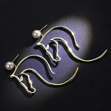 Load image into Gallery viewer, Abstract Horse Head Imitation Pearl Eaarings - HorseObox