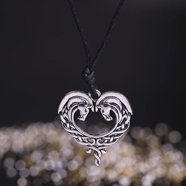Antique Silver Plated Horse Heart necklace - HorseObox