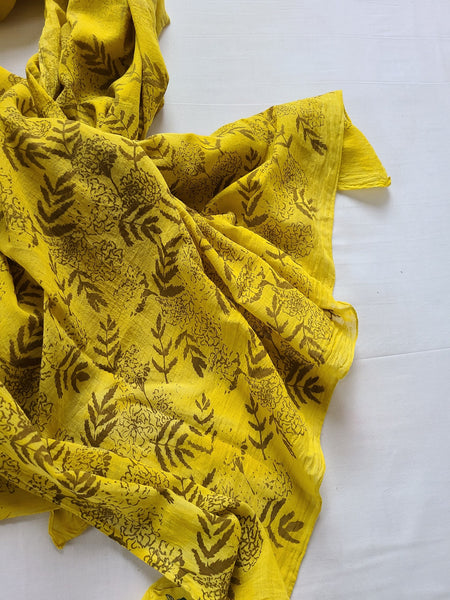 naturally dyed shawl, floral print in sunshine detail