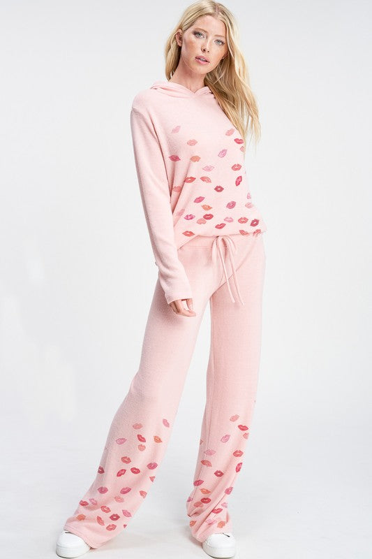 Ombre Lips Loungewear Set Pink