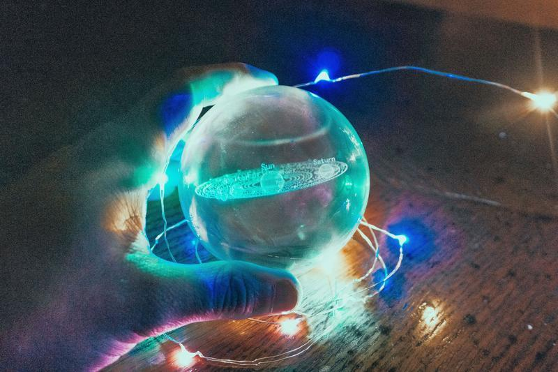 3D SOLAR SYSTEM CRYSTAL BALL - 5econds.co