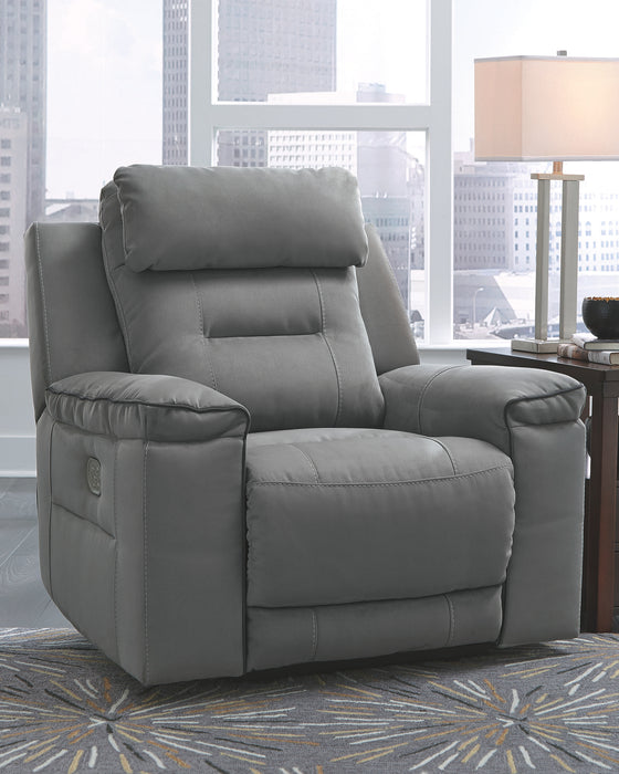 Trampton Signature Design by Ashley Recliner