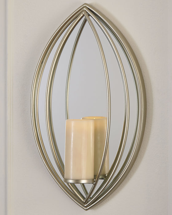 Donnica Signature Design by Ashley Sconce