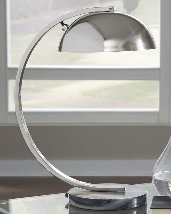Haden Signature Design by Ashley Table Lamp