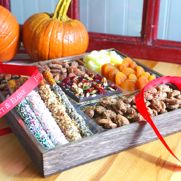 Assorted Dry Fruits, Nuts & Chocolate Gift Tray