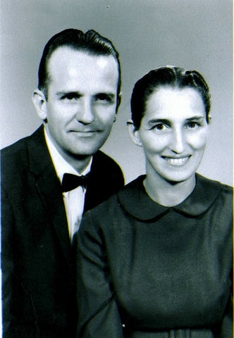 Amos and Mary Stoltzfus