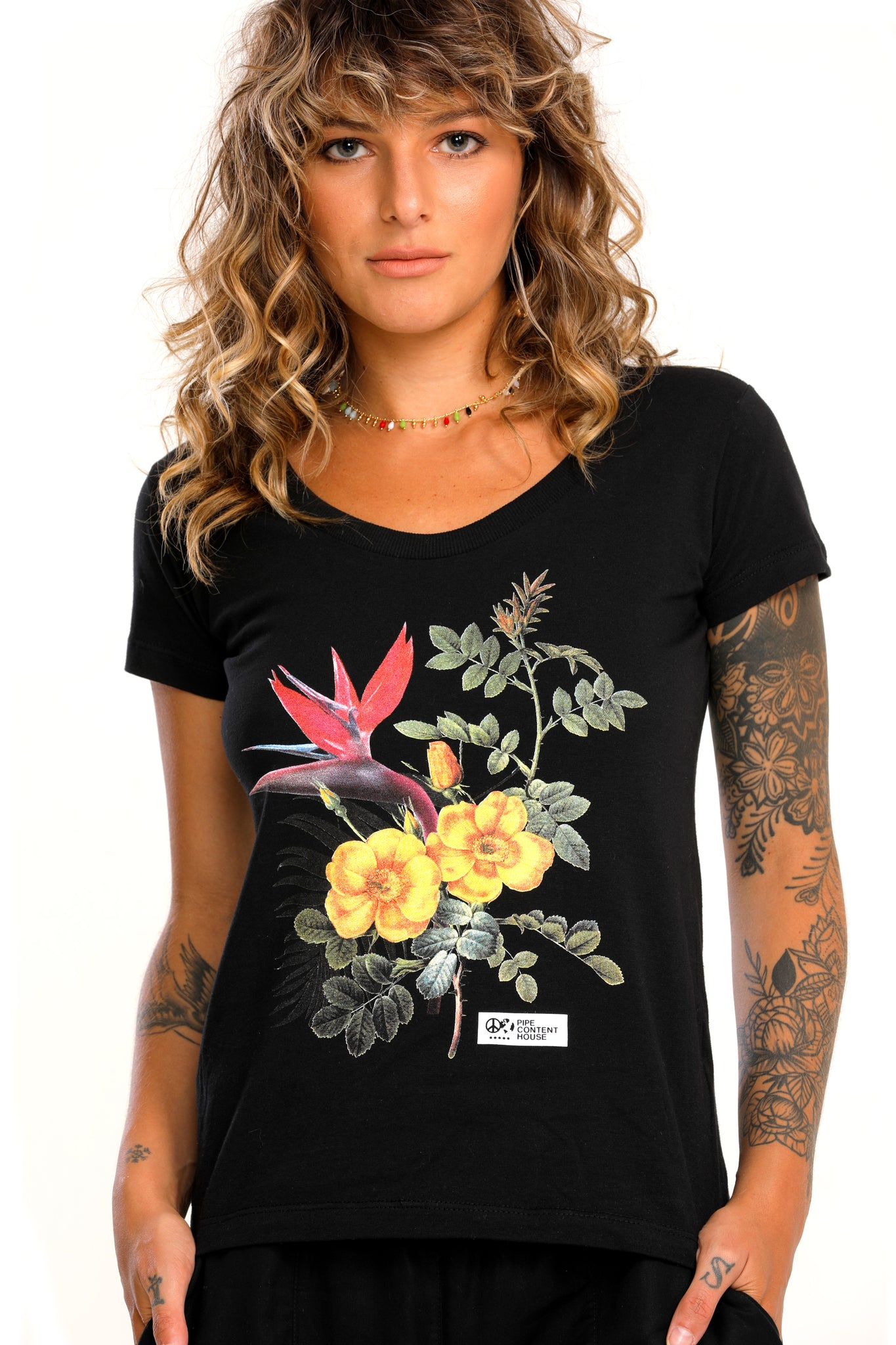 Camiseta Flowers & Colors-Camiseta-Pipe Content House