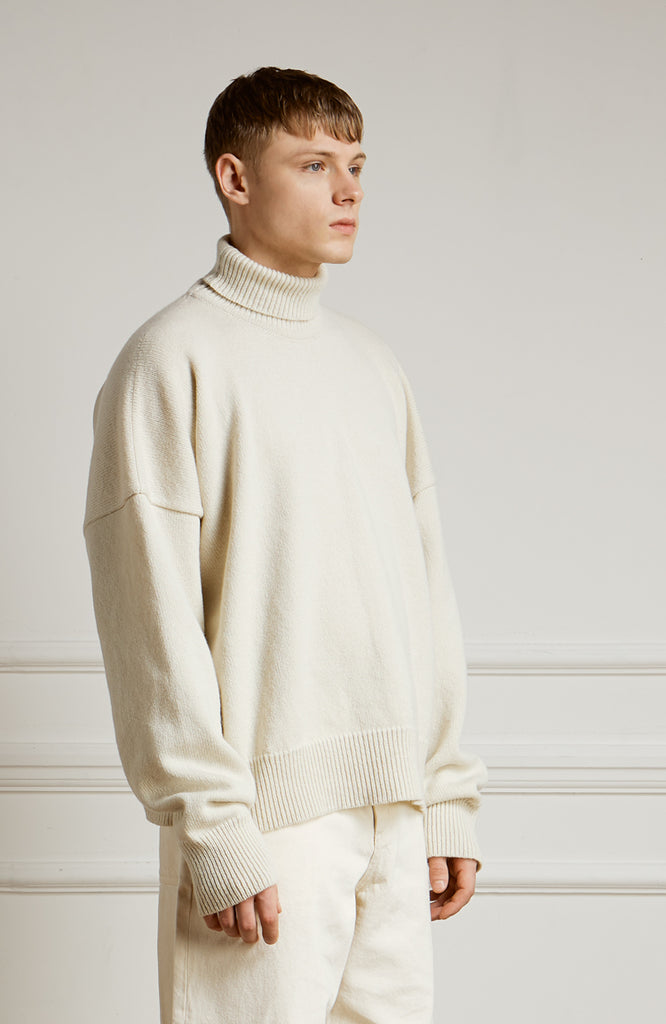 Lambswool Roll Neck Sweater Cream