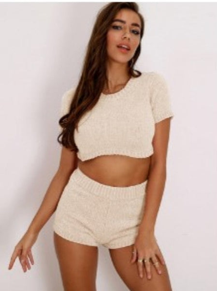 EvaQueen Sexy Autumn Winter 2 Piece Set Sweater Party Knitted Crop Tops And Shorts Suit Two Piece Set Women Fashion 2020 Outfits