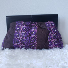Load image into Gallery viewer, Adire Wood Frame Ankara Clutch
