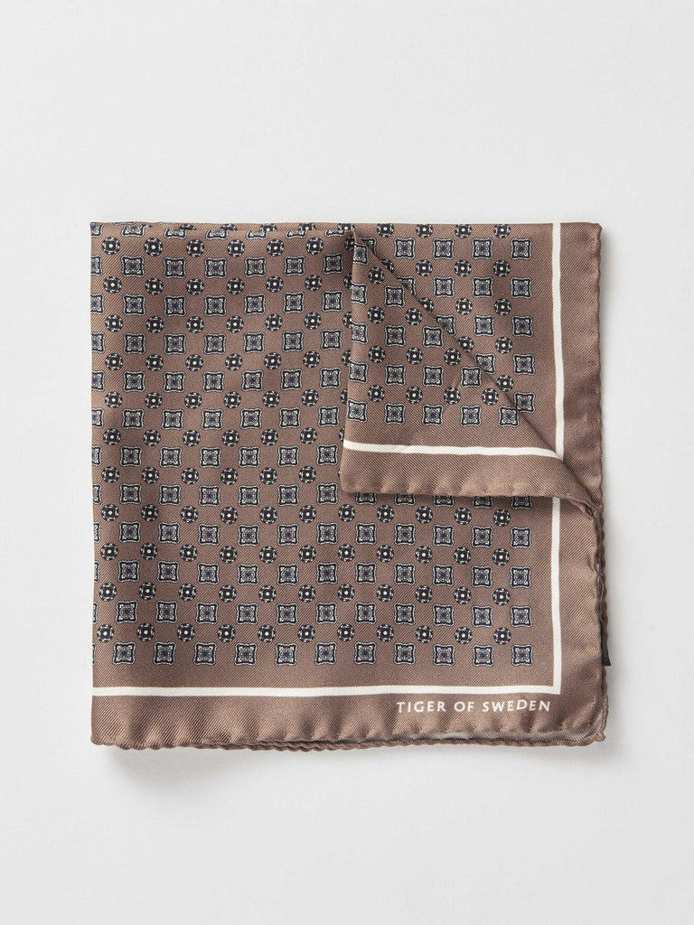 PORATE HANDKERCHIEF