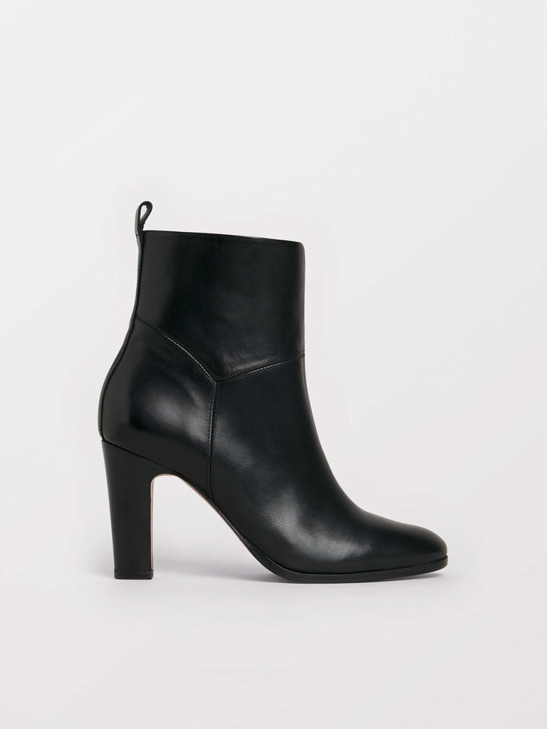 Dolicho Boots