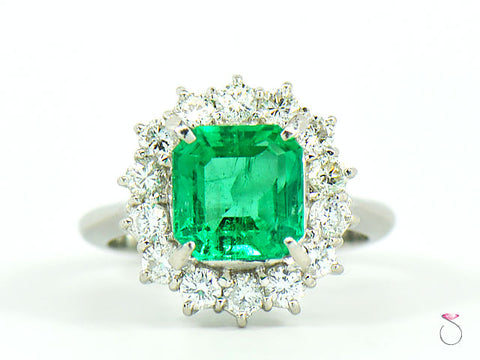 Fine Colombian Emerald & Diamond Platinum Ring, GIA Report